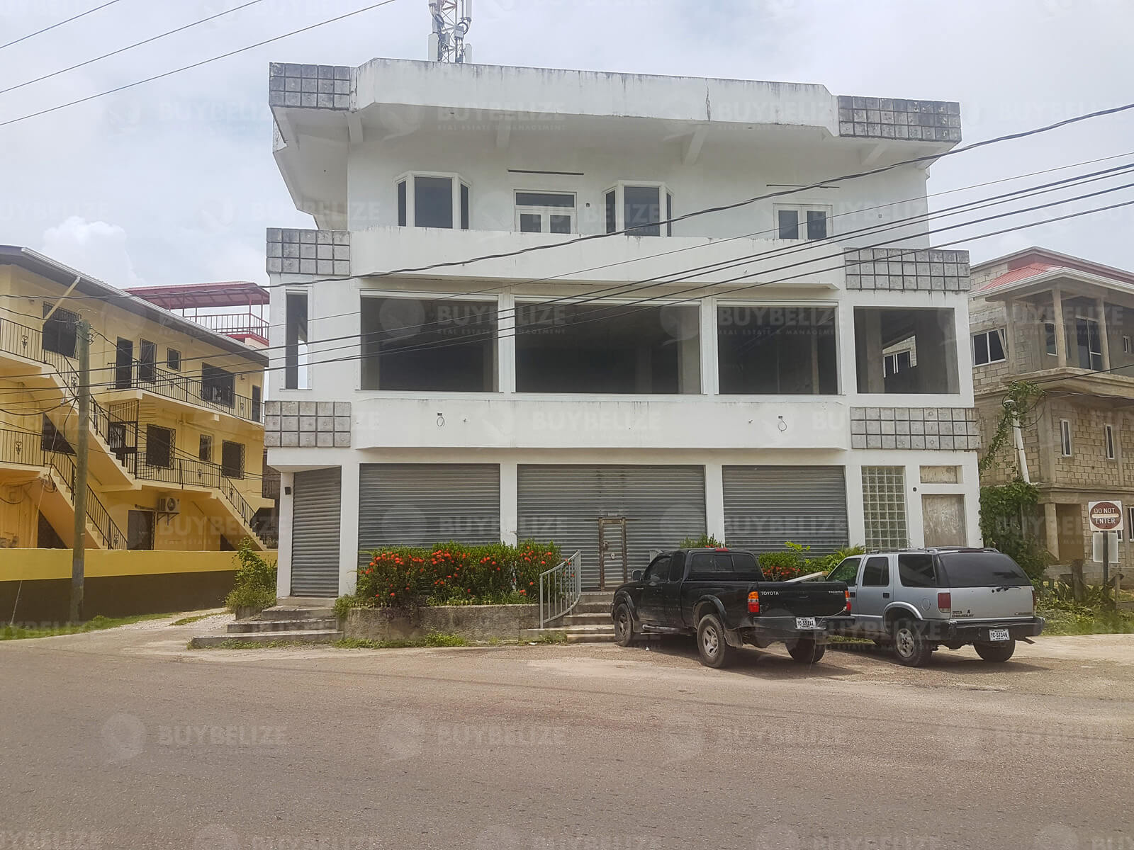 Large Commercial Space for Rent in Downtown Belize City