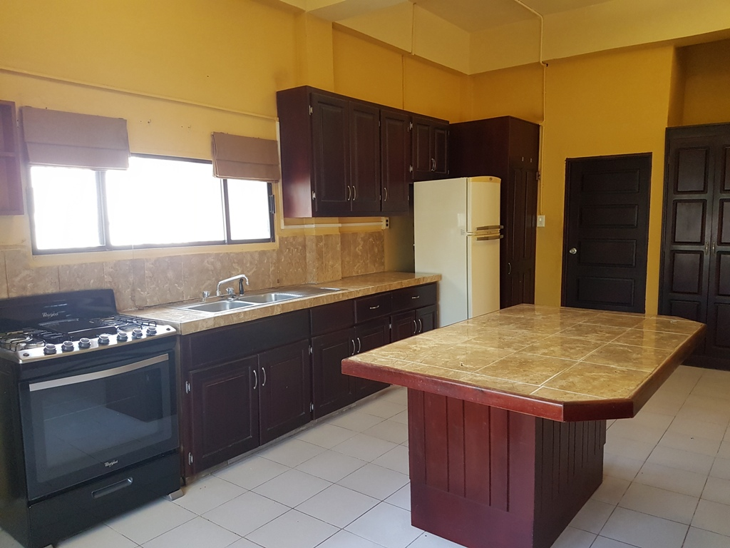 Unfurnished 2 Bed Apartment for Rent in Belize City
