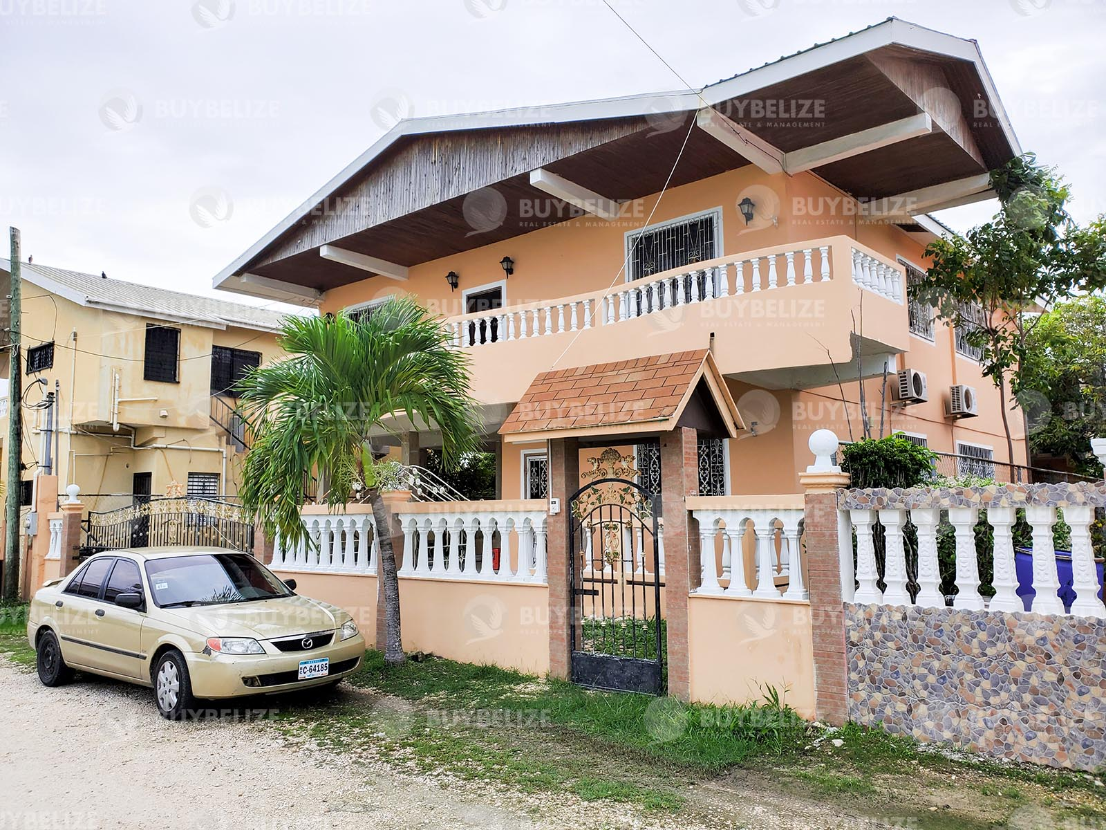 5 bedroom 3.5 Bathroom House For Rent In Belama Phase 1