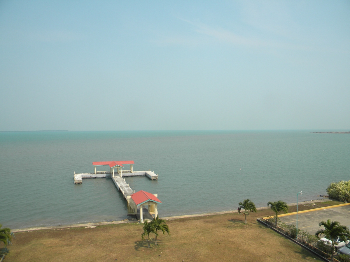 Seaview 1 Bed Apartment for Rent in Belize City