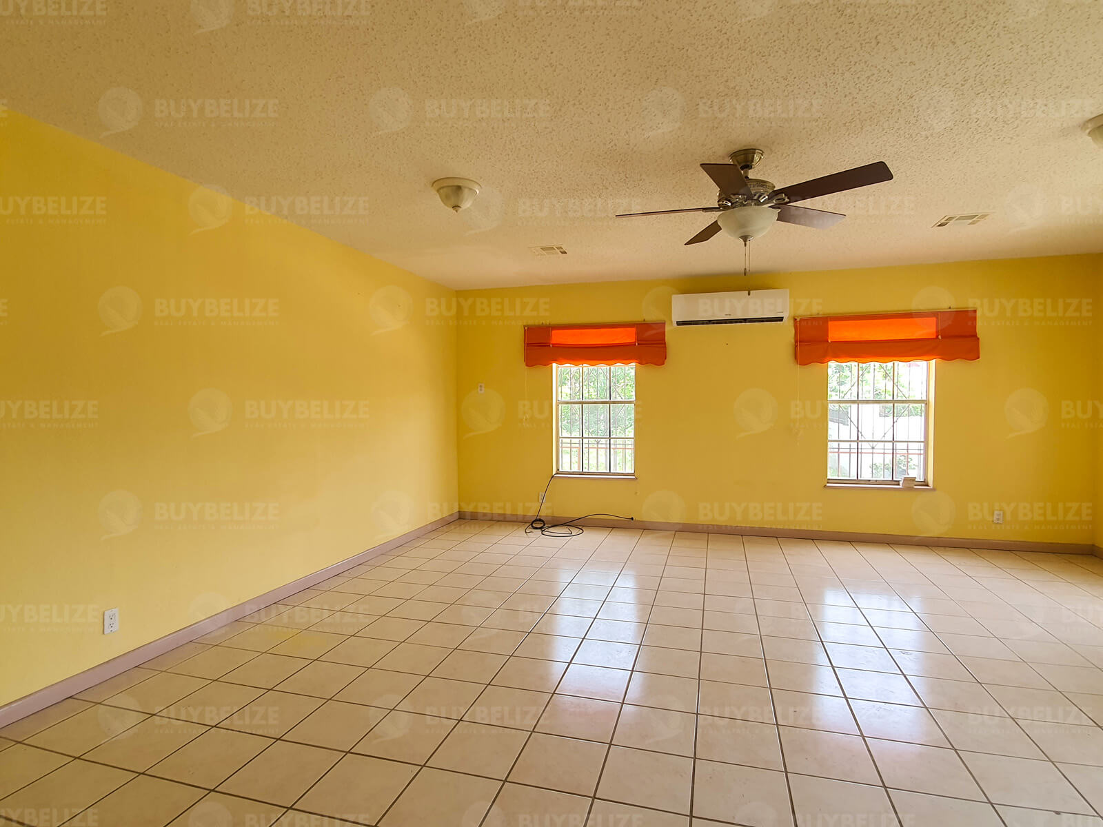 5 Bed 2 Bath House for Rent in Belize City