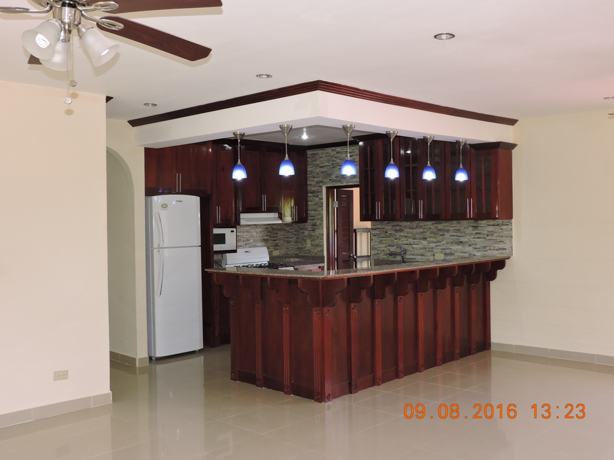 Gorgeous 3 Bedroom 3 Baths House for Rent