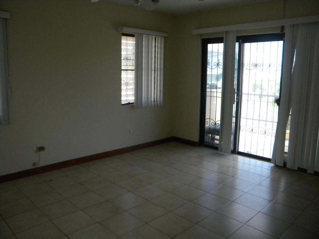 3 Bed House for Rent in Belize City