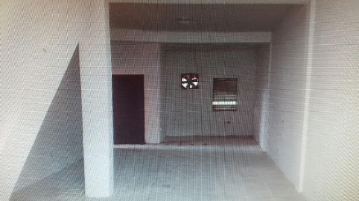 Huge 2 Sotry House  For Sale
