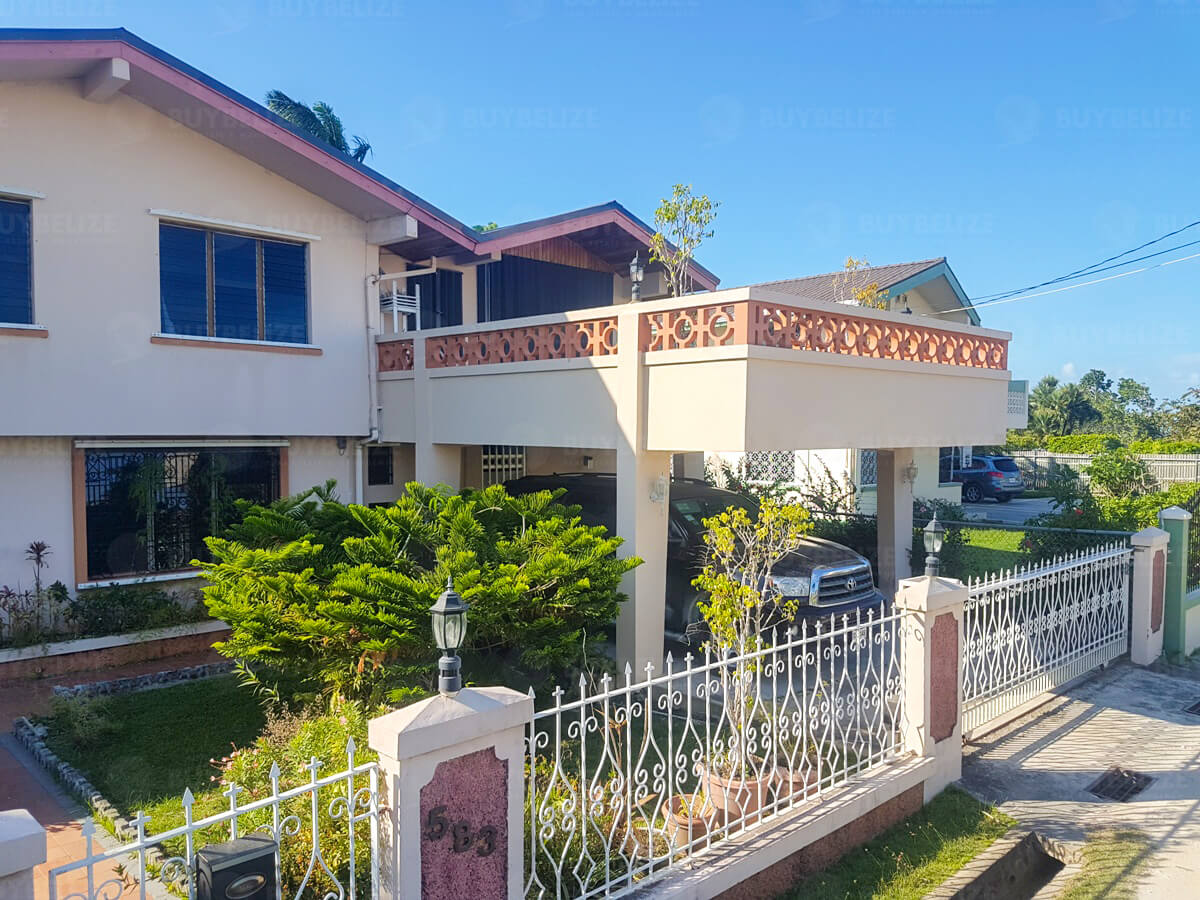 Beautiful 4 bed 4.5 bath House for Sale in Belize City