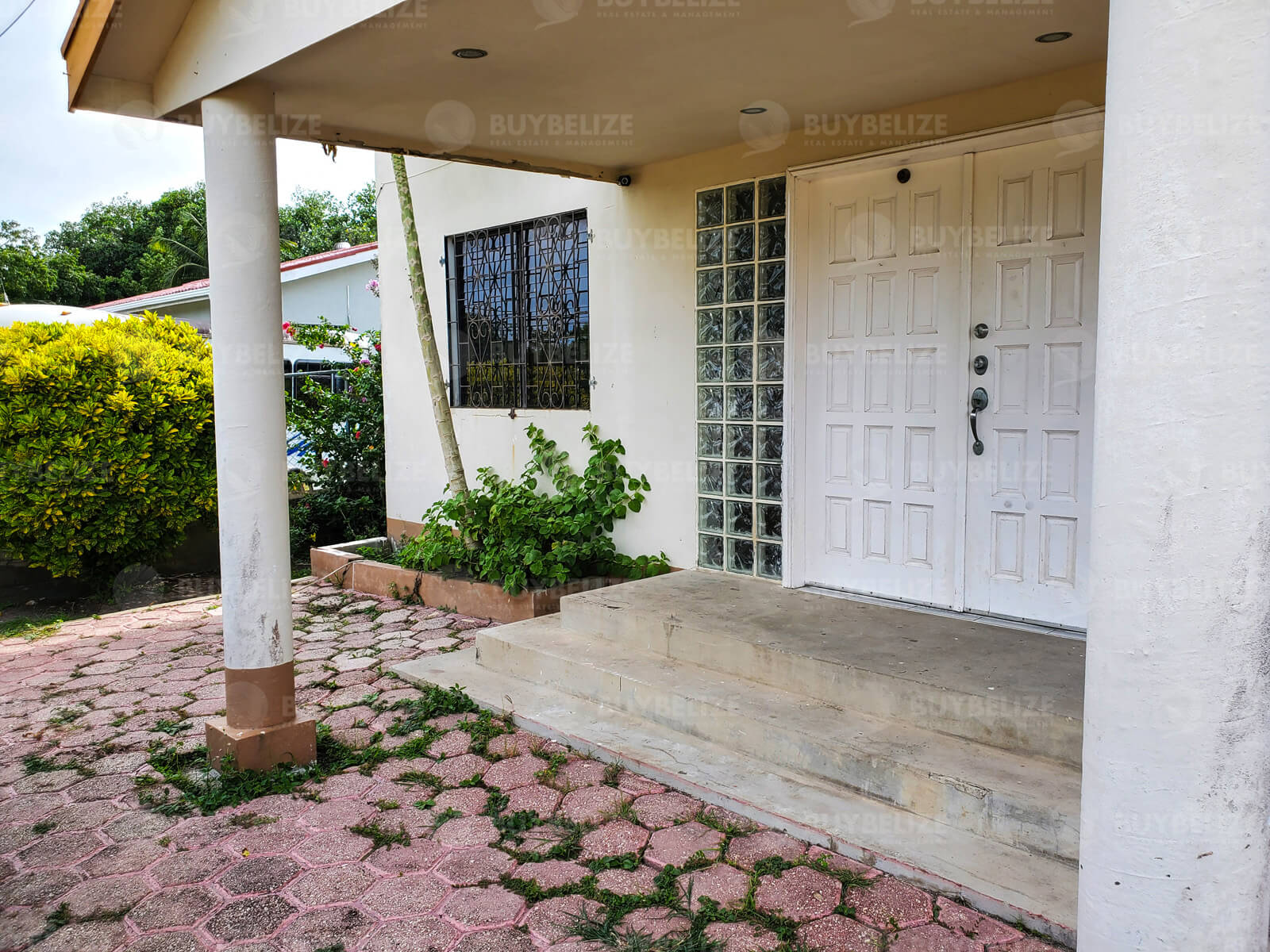 4 Bed 2.5 Bath House for Sale in Belize City