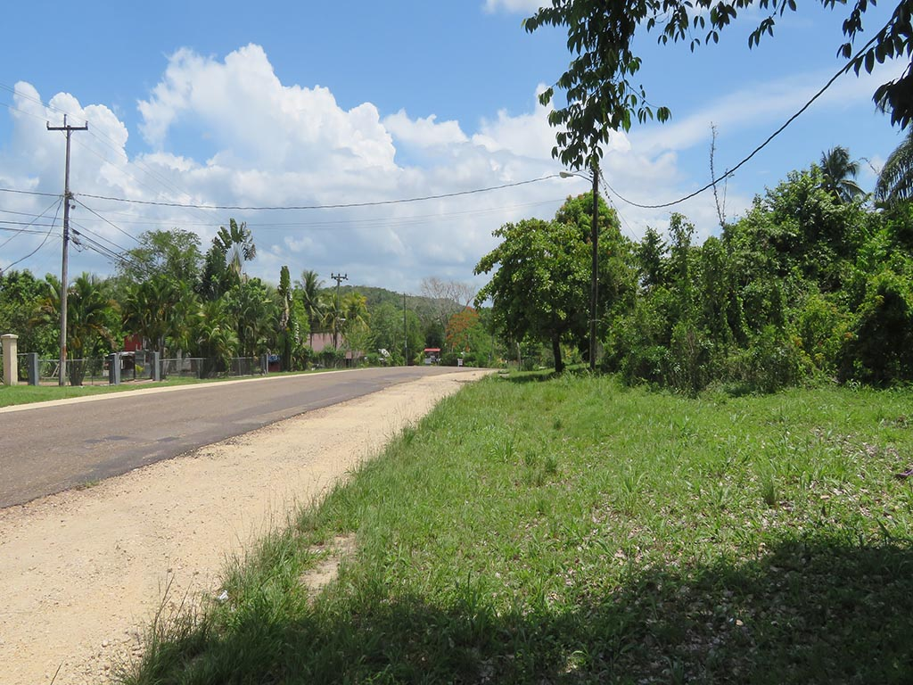 4 Acres of Land on the Western Highway