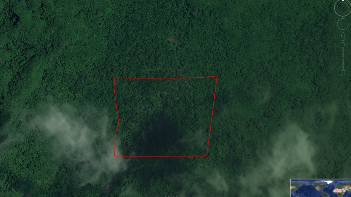 25 acres of land in Cayo