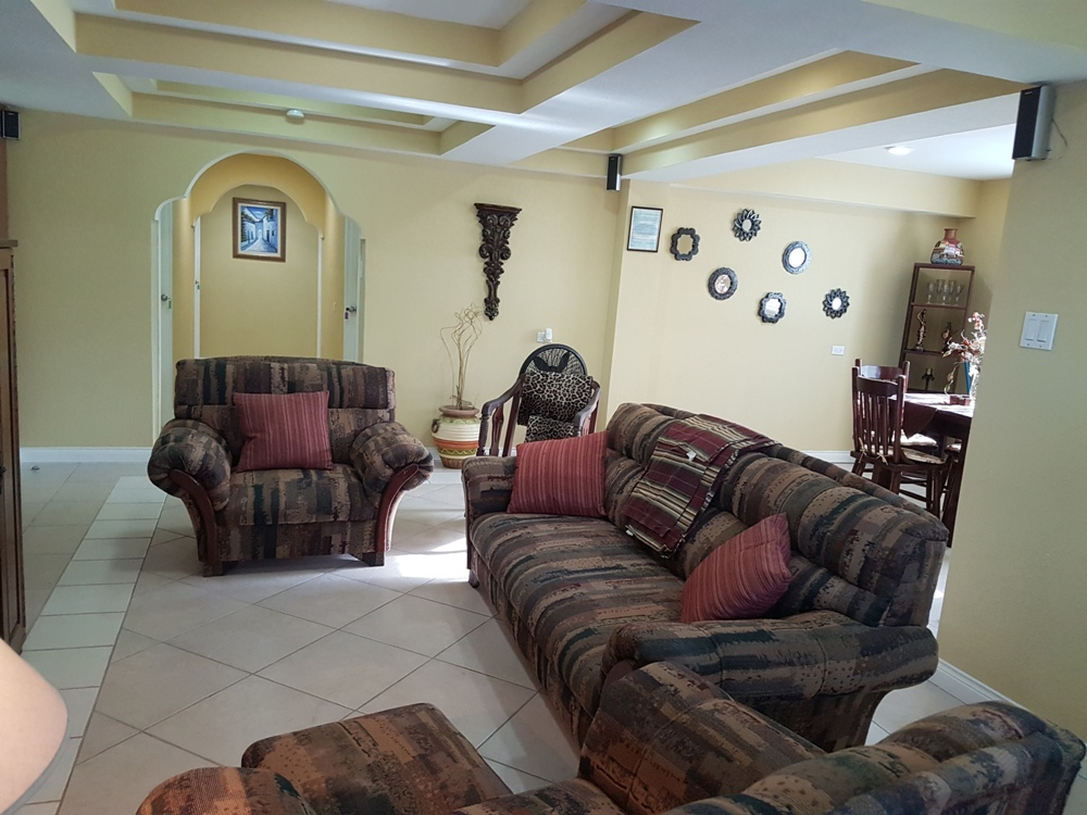 Short Term Rental in Belize City