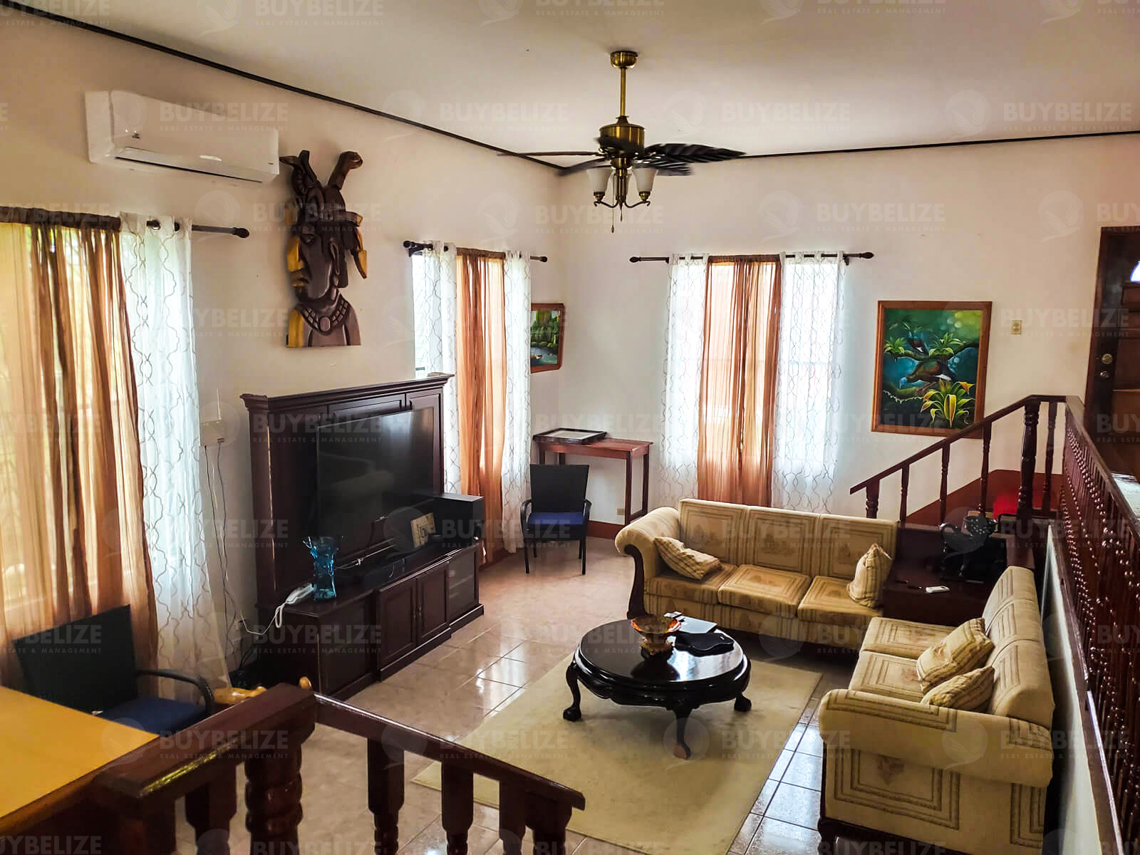 3 Bed 2 Bath House For Rent in Santa Elena