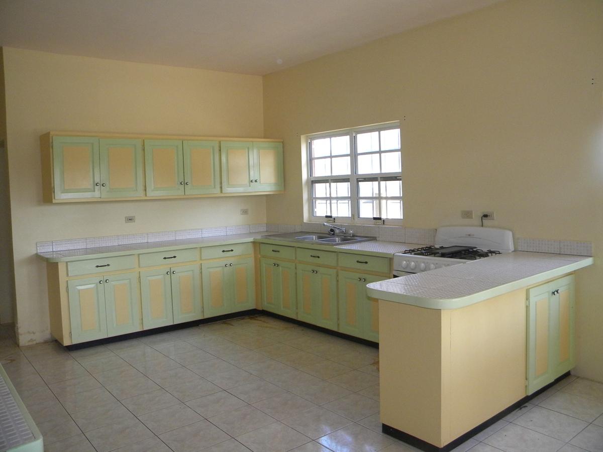 Beautiful Large 3 Bed 2 Bath Home in Belmopan