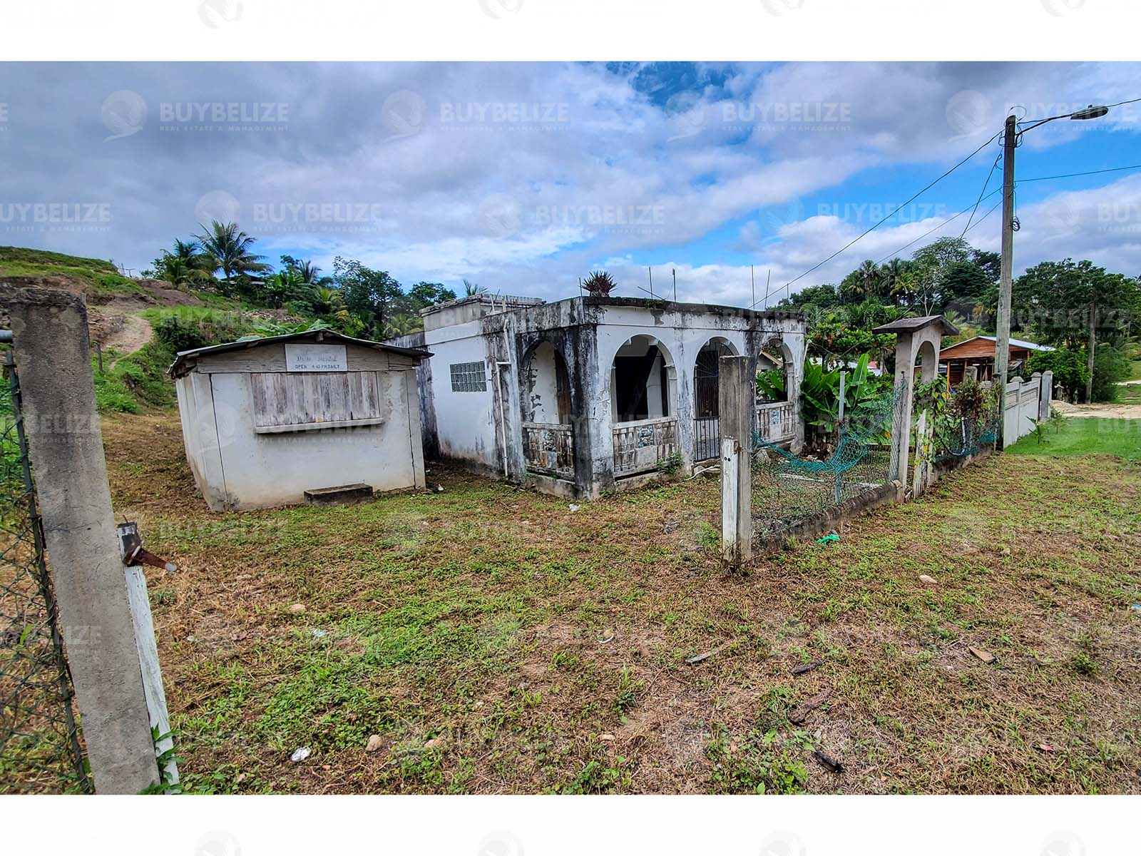 Two bedroom house with storage for sale in Cayo District Belize